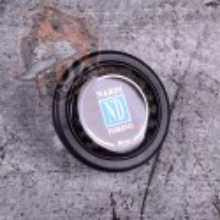 Кнопка рулевого сигнала Nardi (карбон)